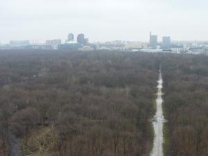 Vue sur le Tiergarten et la Postdamer Platz au fond depuis la colonne de la Victoire