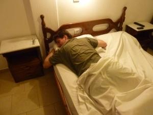 Enfin, un lit ! Nous étions morts...