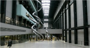 Hall central de la Tate Gallery - http://travel.nytimes.com