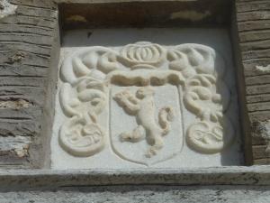 Fronton en marbre