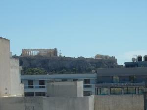 L'Acropole vue de la terrasse de l'hôtel