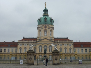 Château de Cherlottenburg côté rue…