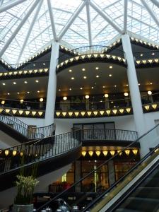 Centre commercial ultra moderne près des galeries Lafayette