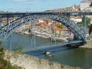Pont Dom Luis, que l'on peut traverser en haut ou en bas, en fonction de l'endroit de la ville où l'on se trouve !