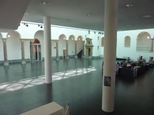 Le hall d'entrée du K21
