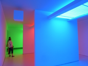 """Chromosaturation"" de Carlos Cruz-Diez (1965)"