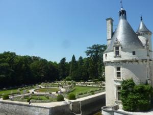 Tour des Marques et jardin de Catherine de Médicis