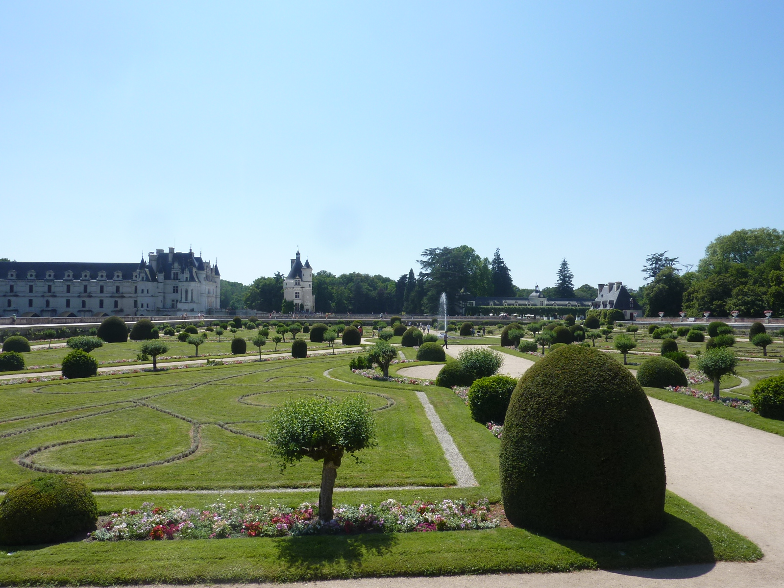 24h chrono entre amboise et chenonceau smiling around the world - Le jardin des fleurs poitiers ...