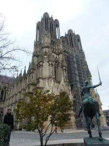 La cathédrale vue de face...