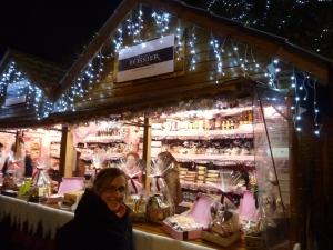 Nous avons trouvé le stand des biscuits roses !!