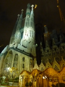 La Sagrada Familia by night