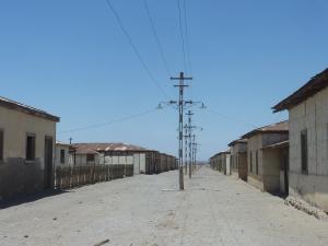 Au bout de la rue, le désert...
