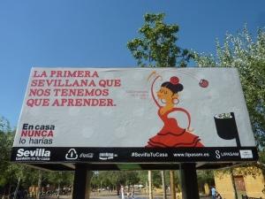 En cette période de Feria, même les pubs écolos s'inspirent des danses sévillanes pour encourager à la propreté «je prends une pomme, je le croque et je la jette»