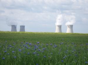 Moins bucolique, la centrale nucléaire…