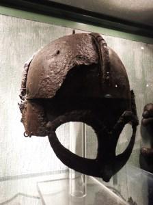 Le casque de Viking le mieux conservé au monde...