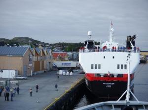 Le MS Vesteralen est à quai devant nous.