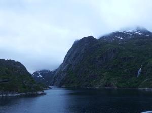 Entrée dans le Trollfjord