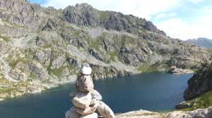 Lac Noir et refuge de Valmasque au fond