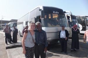 A Amman, avec le sympathique assistant du chauffeur du bus pour Tafila