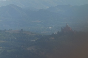 Survol du sanctuaire Madonna di san Luca