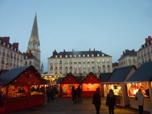 Le marché de Noël de la place Royale, tristement célèbre ces dernier sjours...