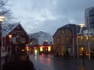 16H10, la nuit tombe sur Reykjavik