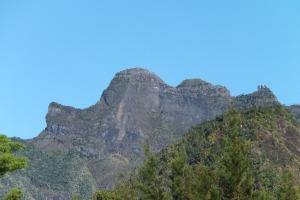 """Le massif dit """"de la tête de Pluto"""" (mais si, cherchez bien ! ;-))et les 3 Salazie à côté"""