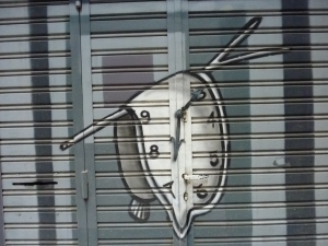 Street art inspired by Dali ? ;-)