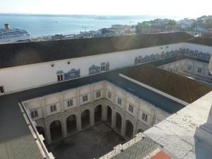Les deux cloîtres vus depuis la terrasse