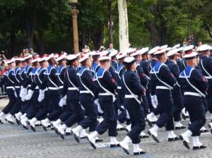 Les marins avec le pompon qui va bien ;-)