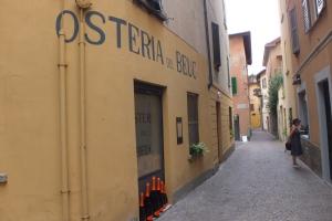 Dans les petites rues de Cernobbio