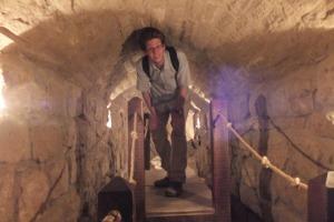 Pas si simple de visiter les sous-sols de l'église...