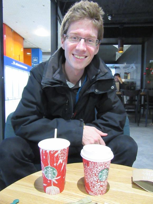 Pause Starbucks à Roissy, à la fin de mon WE express :-)