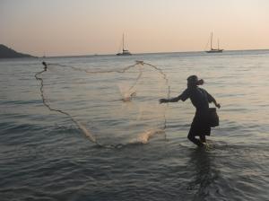 Pêcheur à Kata Beach (copyright sister ;-))