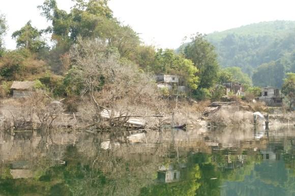 Village abandonné après la construction du barrage