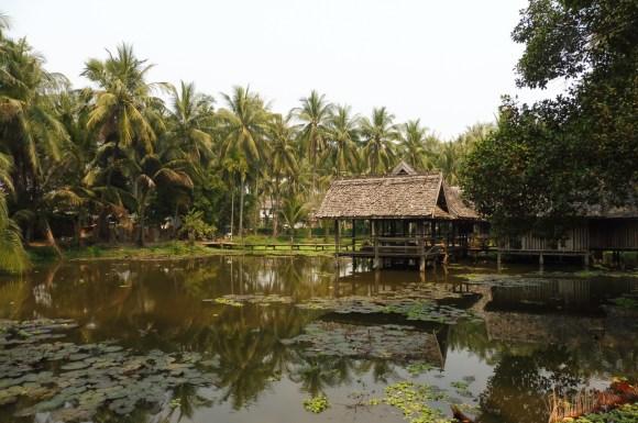 L'étang de Boua Kang Bung