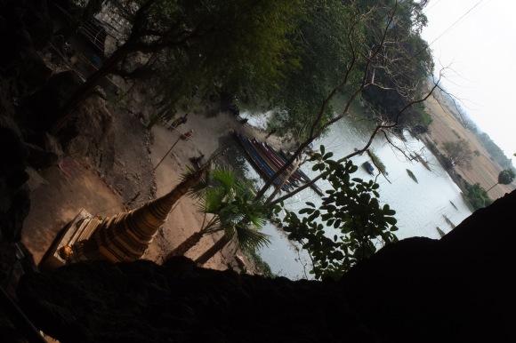 Grotte de Saddan et son lac