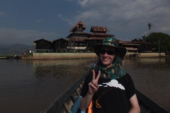 Monastère Nge Hpa Kyaung, le plus ancien monastère en bois du lac