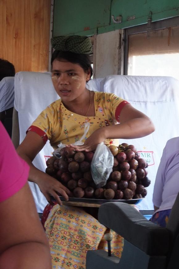 Marchande de mangoustans