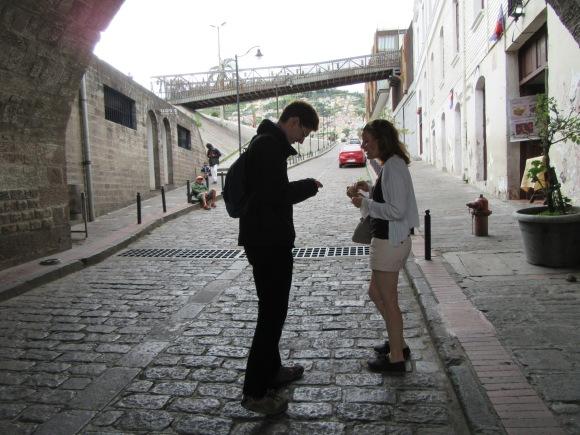 Traficotage de chocolat ultra dark sous les ponts de Quito ^^
