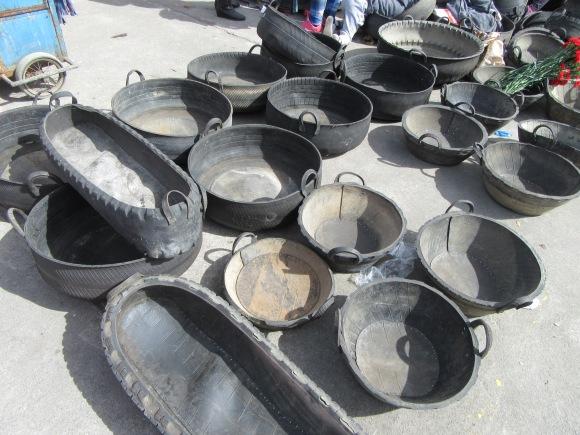 Récipients en pneus recyclés