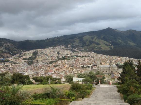 Vue sur le Quito colonial depuis le parc Itchimba