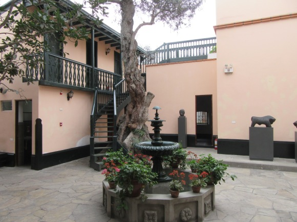 Le musée Marina Nunez del Prado est situé dans la maison qu'elle occupait