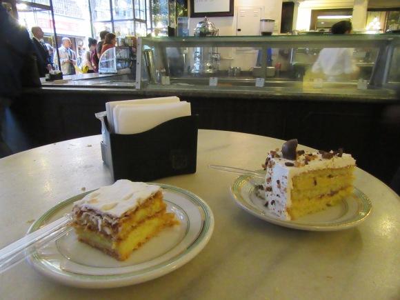 Pause goûter à la confeiteria Colombo, l'une des plus anciennes pâtisseries de Rio