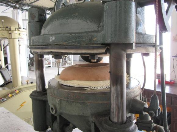 Mise en forme dans une presse à vapeur