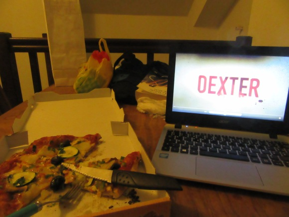 Contre les soirées de déprime, un seul remède : Pizza-Dexter ! ;-)