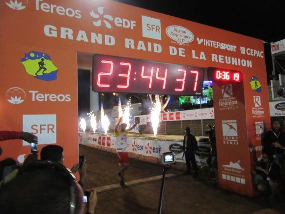 Vainqueur du Grand Raid 2016, François d'Haene en 23H44...