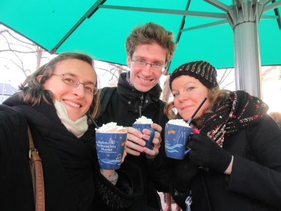 """Pause chocolat chaud """"mit Sahne"""" au marché du port"""