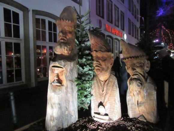 Troncs sculptés