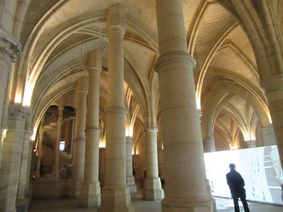 La salle principale, ancienne salle des Gens d'Armes